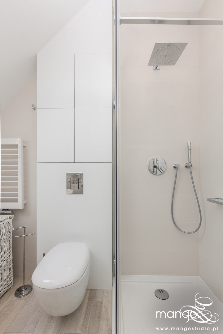 Mango Studio Projektowanie wnętrz pod klucz dom loftowy kolonialny nowoczesny biała łazienka z cegłą (15)